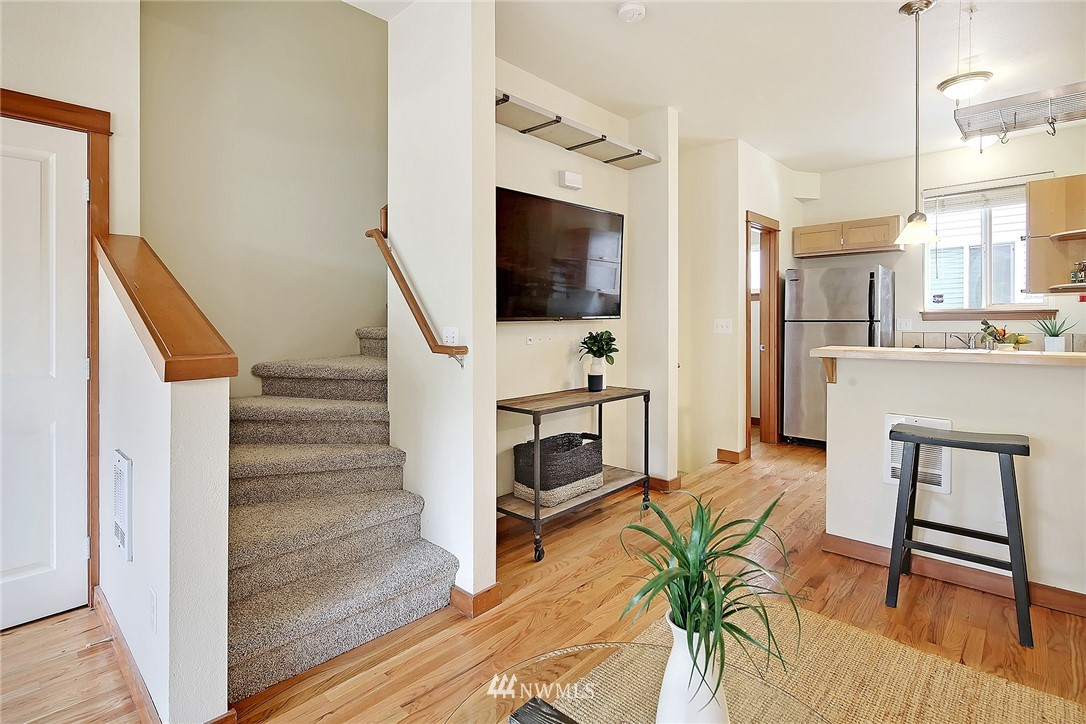 Sold Property   9242 Interlake Avenue N #C Seattle, WA 98103 3