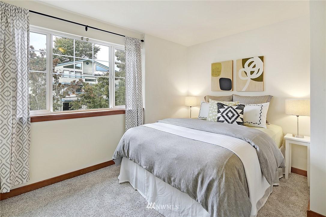 Sold Property   9242 Interlake Avenue N #C Seattle, WA 98103 7
