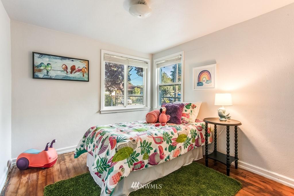Sold Property   9217 38th Avenue S Seattle, WA 98118 11