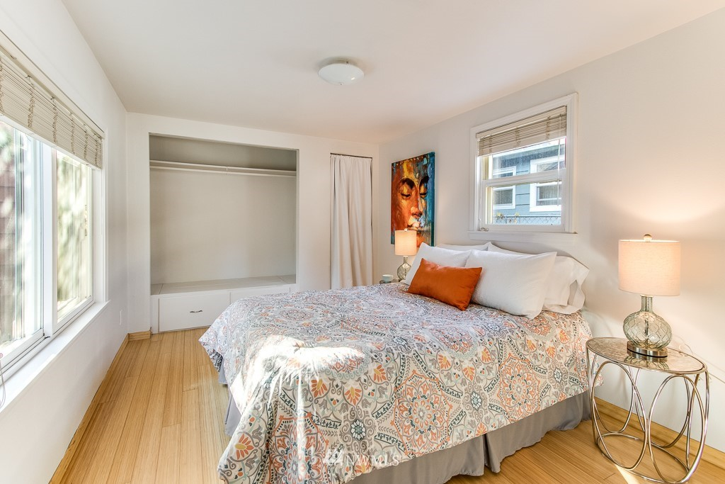 Sold Property   9217 38th Avenue S Seattle, WA 98118 7