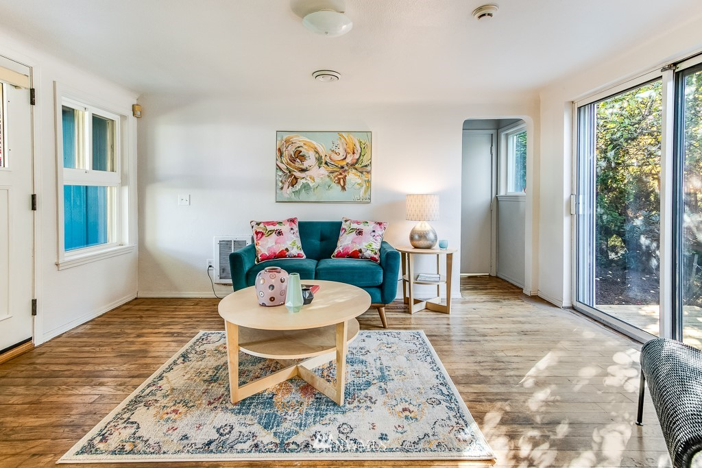 Sold Property   9217 38th Avenue S Seattle, WA 98118 13