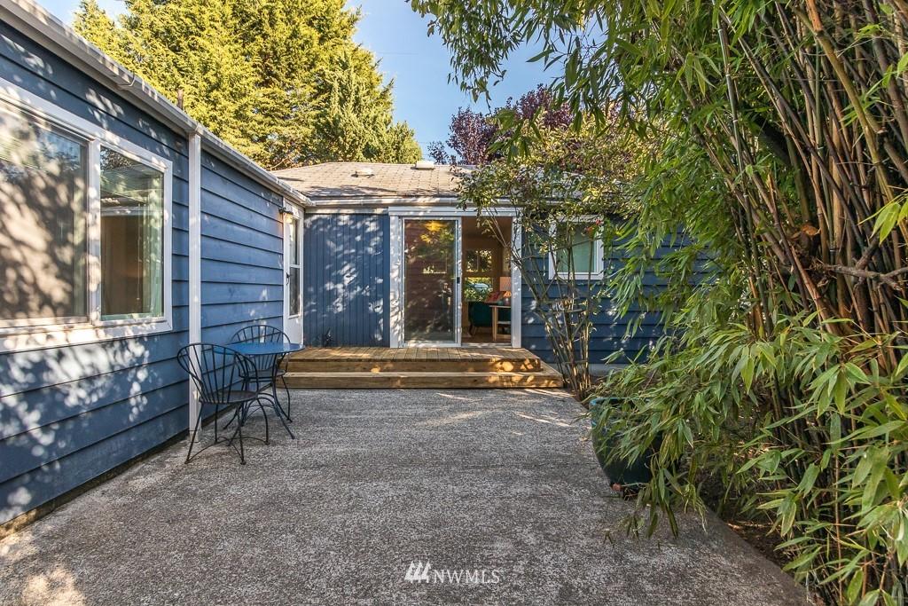 Sold Property   9217 38th Avenue S Seattle, WA 98118 14