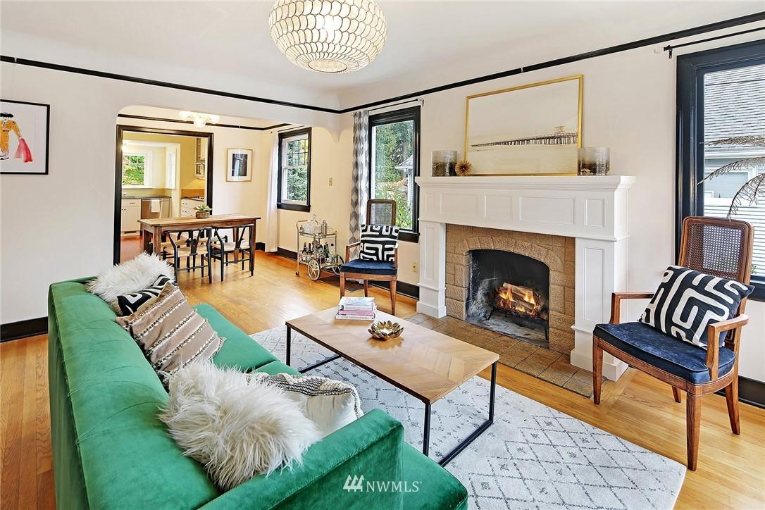 Sold Property | 1039 NE 91st Street Seattle, WA 98115 1