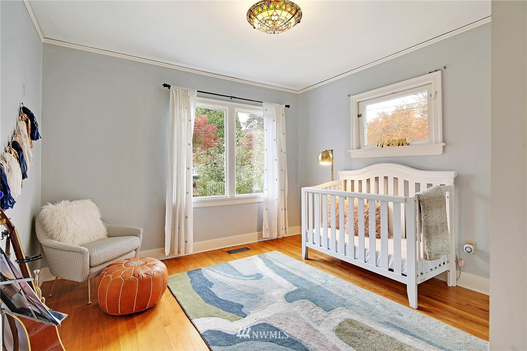 Sold Property | 1039 NE 91st Street Seattle, WA 98115 6