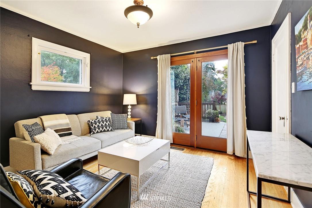 Sold Property | 1039 NE 91st Street Seattle, WA 98115 8