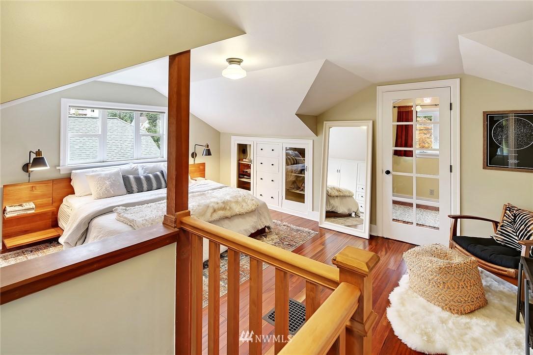 Sold Property | 1039 NE 91st Street Seattle, WA 98115 10