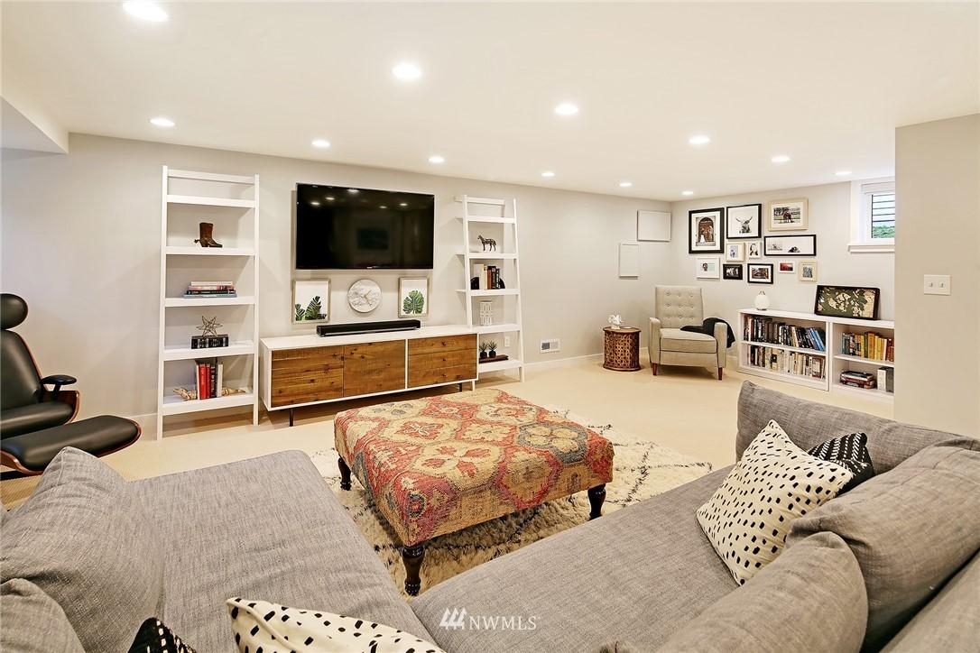 Sold Property | 1039 NE 91st Street Seattle, WA 98115 14