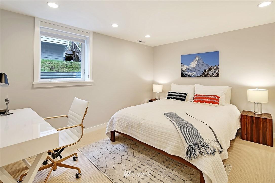 Sold Property | 1039 NE 91st Street Seattle, WA 98115 18