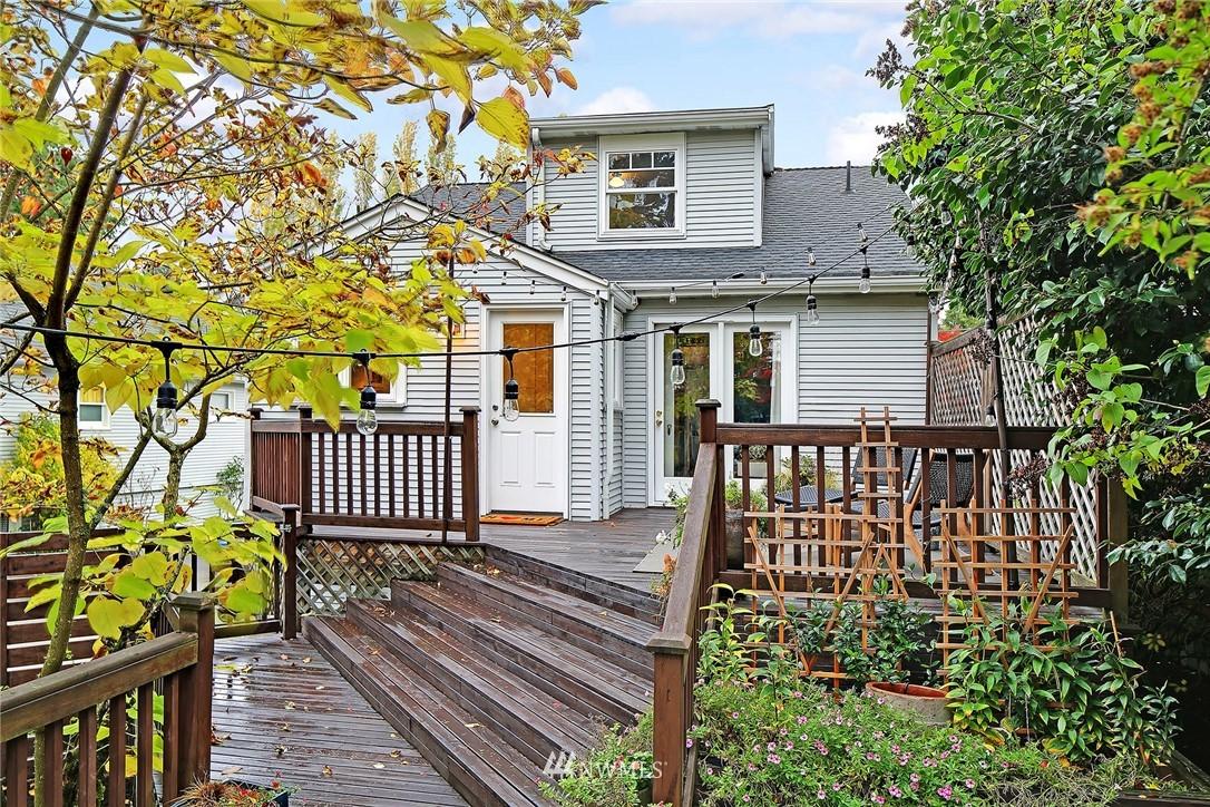 Sold Property | 1039 NE 91st Street Seattle, WA 98115 19