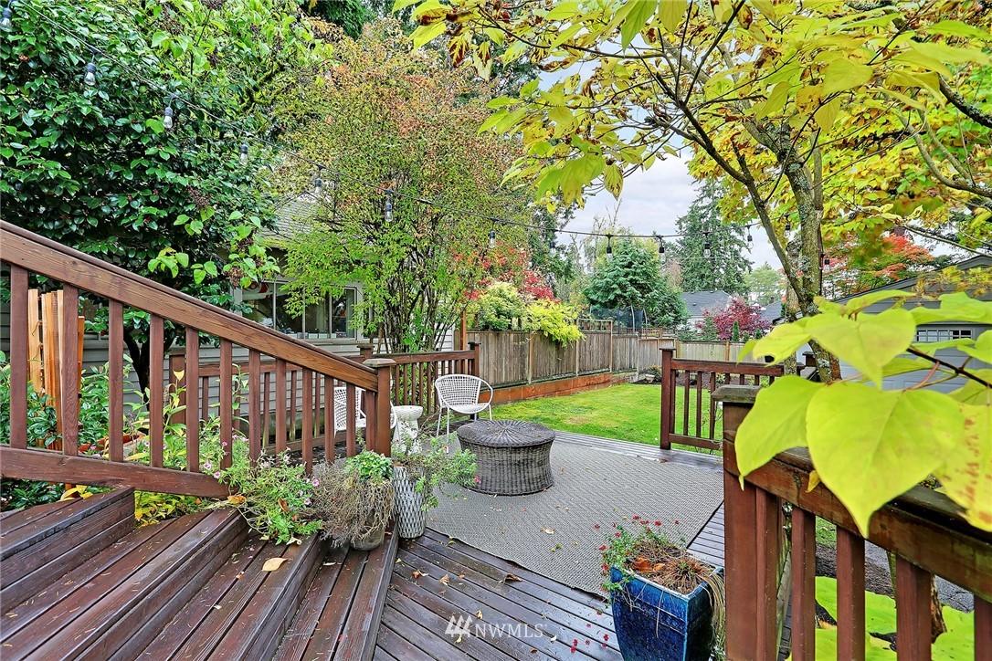Sold Property | 1039 NE 91st Street Seattle, WA 98115 20