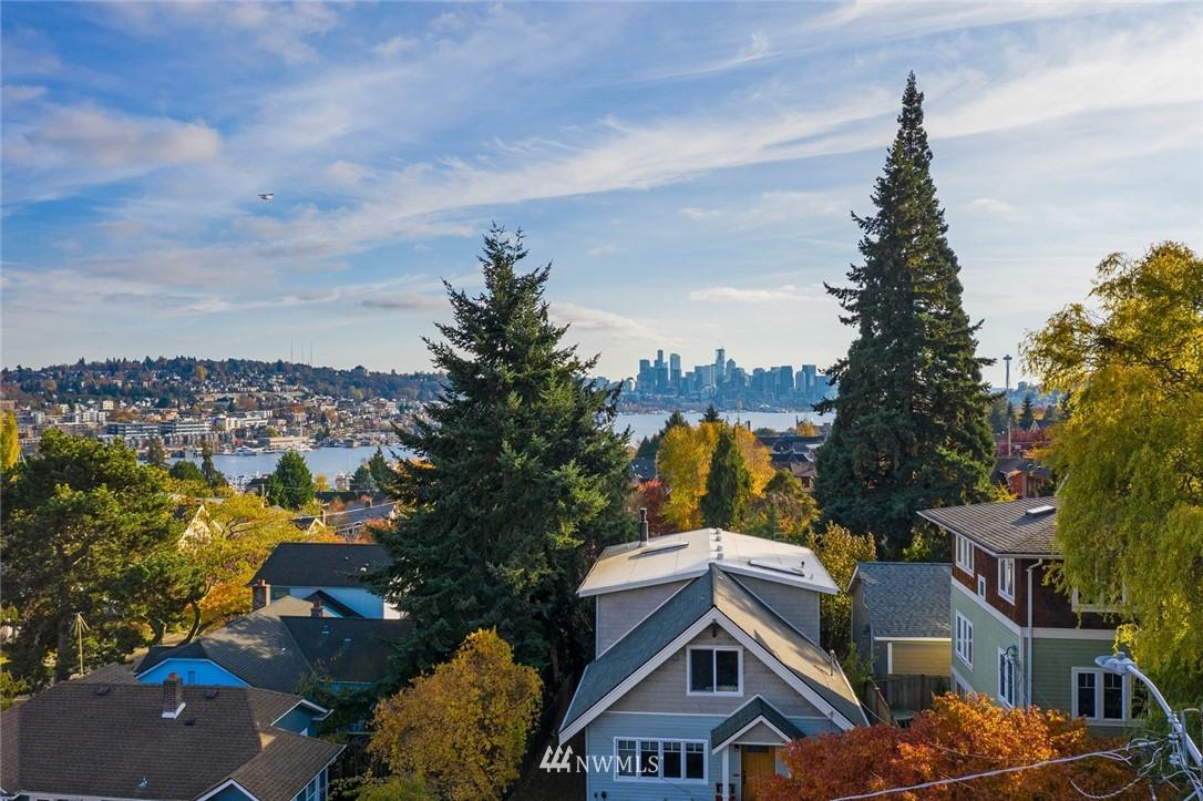 Sold Property | 2112 N 39th Street Seattle, WA 98103 23