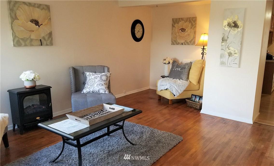 Sold Property | 1103 SW Kenyon Street Seattle, WA 98106 4