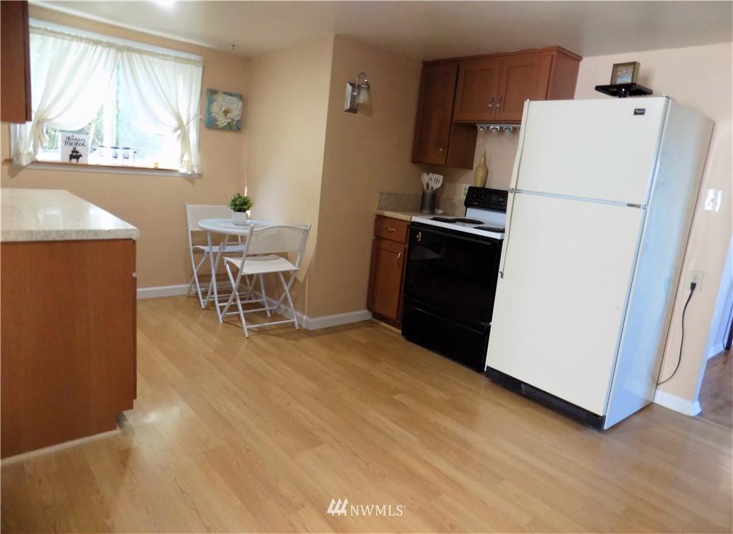 Sold Property | 1103 SW Kenyon Street Seattle, WA 98106 6