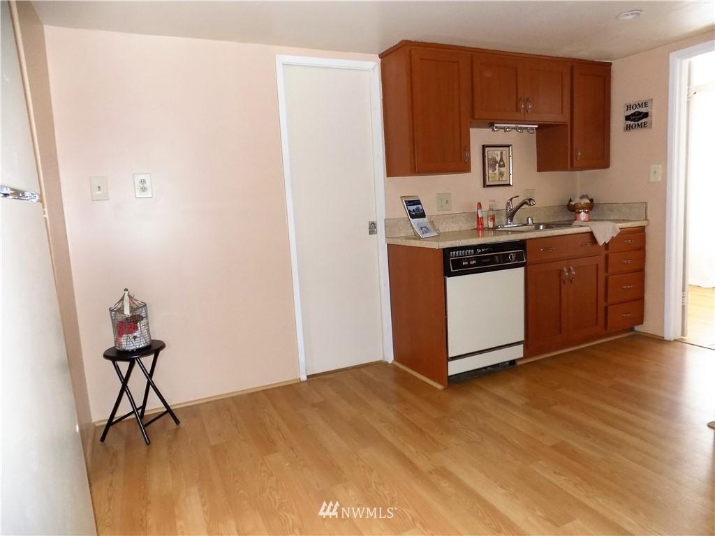 Sold Property | 1103 SW Kenyon Street Seattle, WA 98106 8