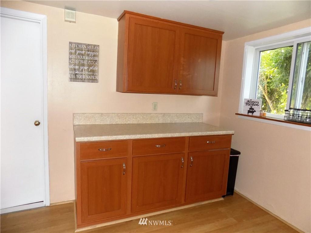 Sold Property | 1103 SW Kenyon Street Seattle, WA 98106 9