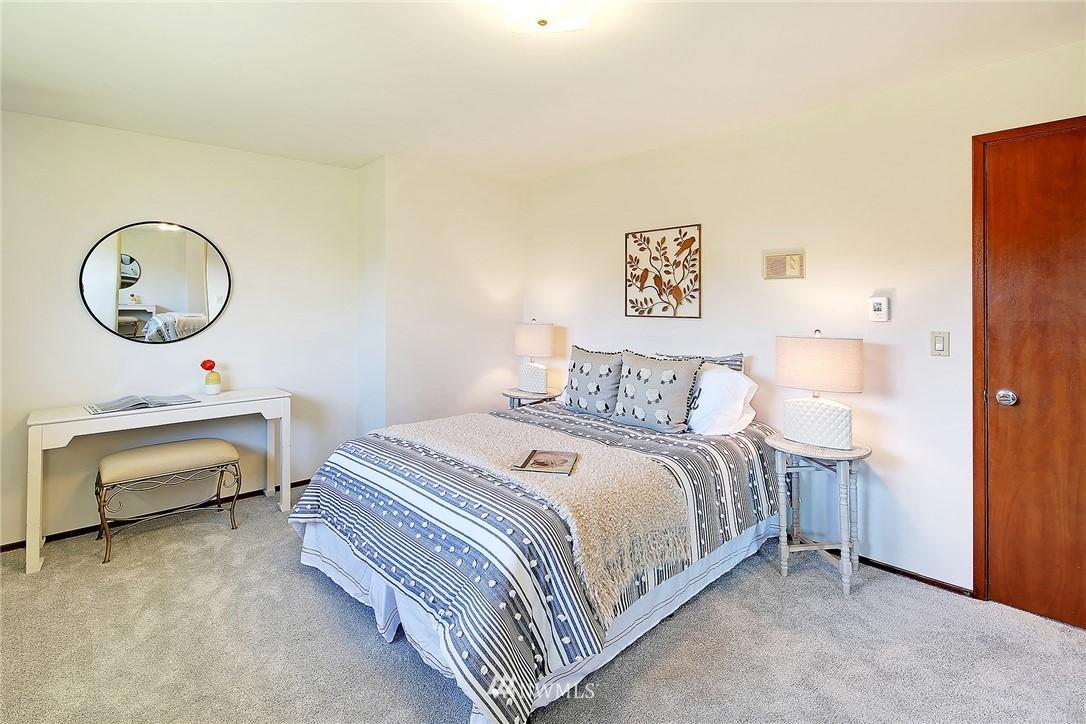 Sold Property | 1525 NW 195th Street #24 Shoreline, WA 98177 9