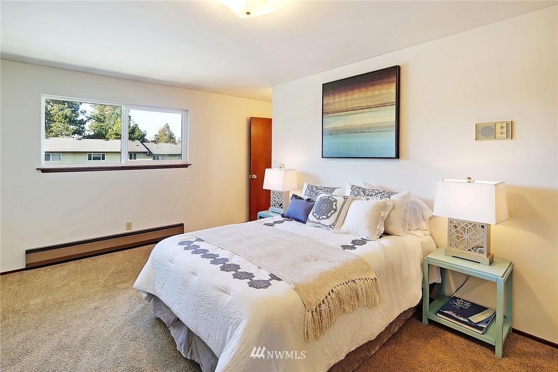 Sold Property | 1525 NW 195th Street #24 Shoreline, WA 98177 10