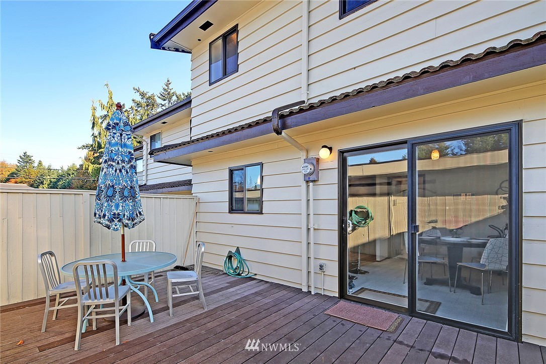 Sold Property | 1525 NW 195th Street #24 Shoreline, WA 98177 16