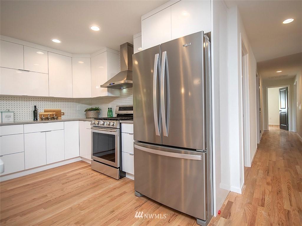 Sold Property | 8317 54th Avenue S Seattle, WA 98118 7