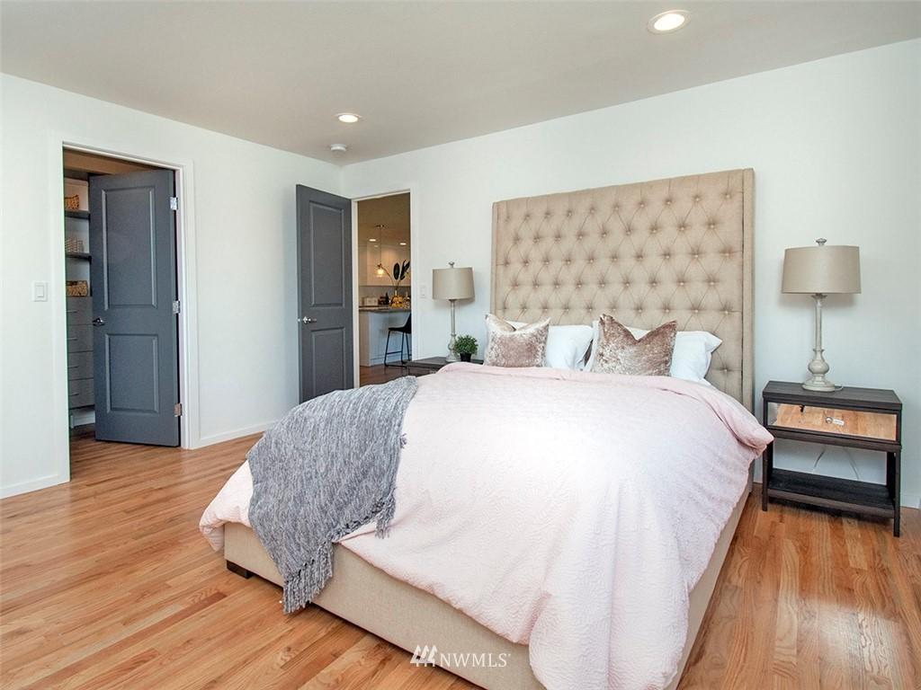 Sold Property | 8317 54th Avenue S Seattle, WA 98118 10