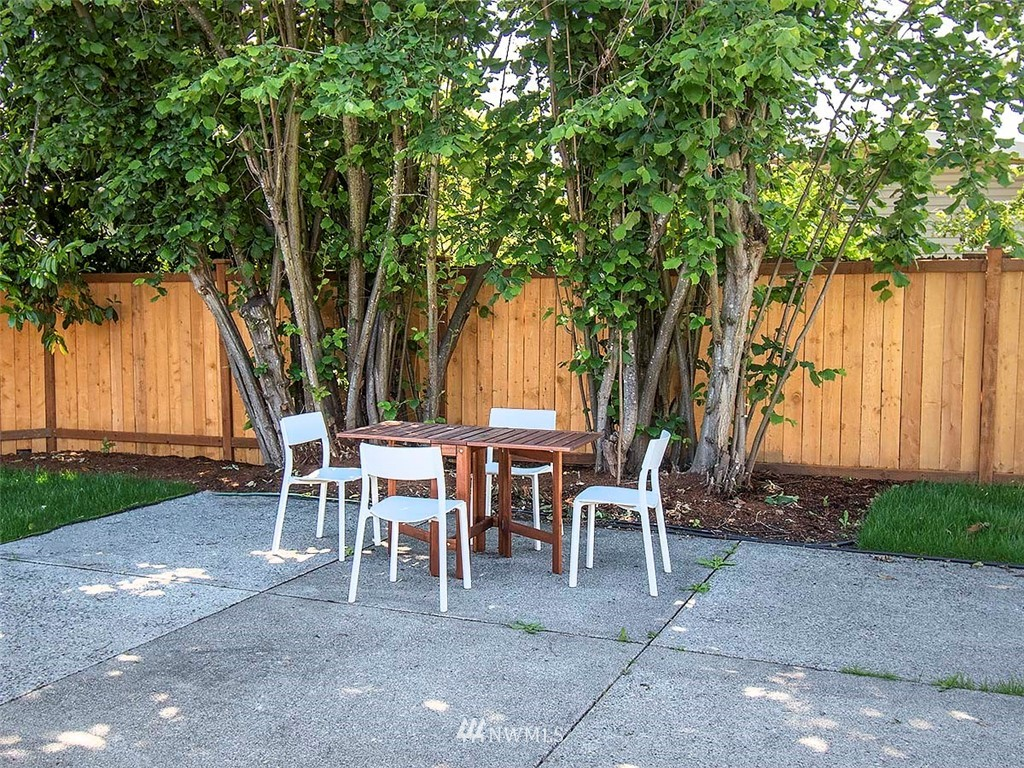 Sold Property | 8317 54th Avenue S Seattle, WA 98118 22