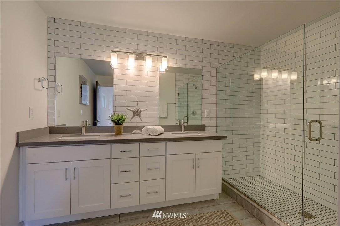 Sold Property | 8317 54th Avenue S Seattle, WA 98118 12