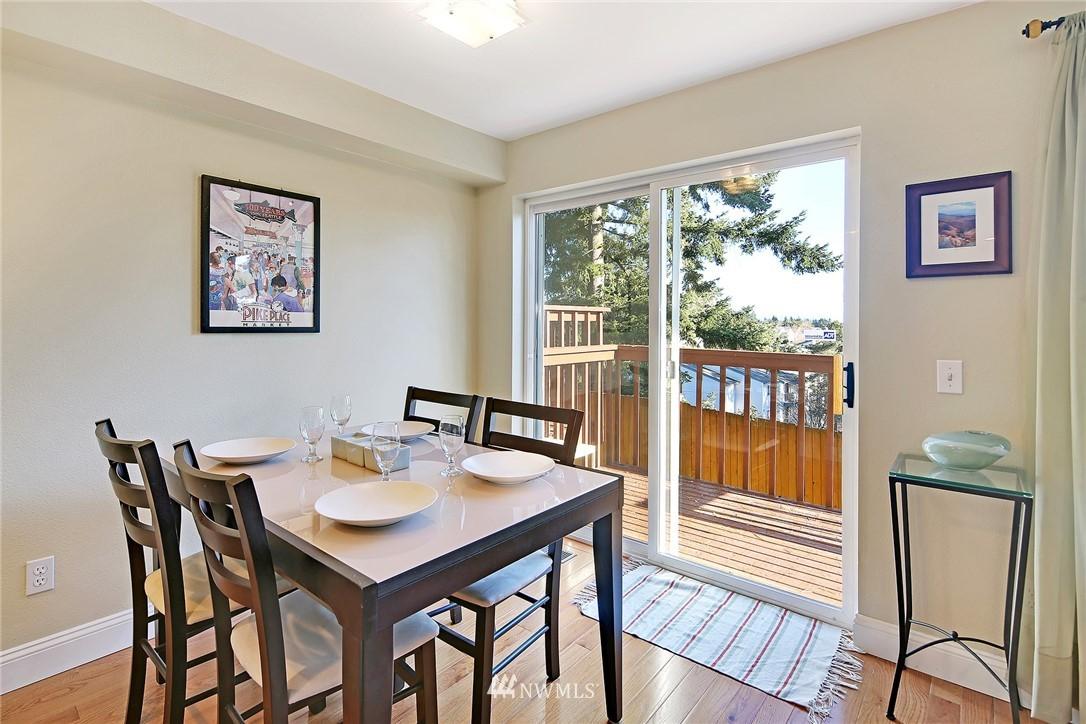 Sold Property | 21329 76th Avenue W #C11 Edmonds, WA 98026 4