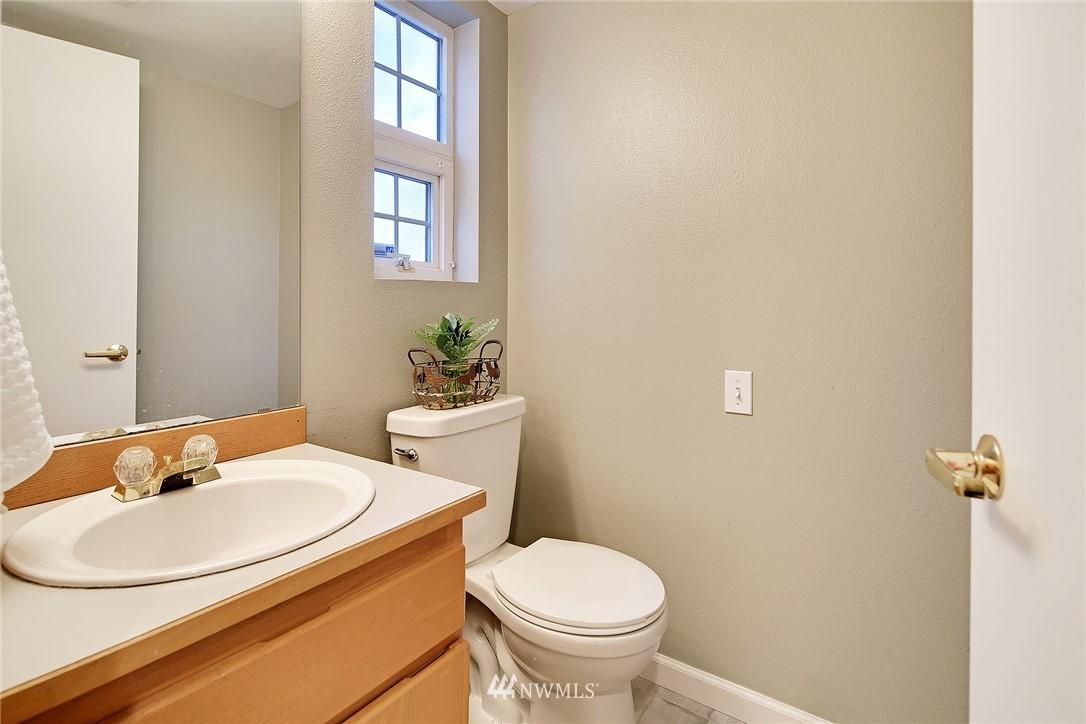 Sold Property | 21329 76th Avenue W #C11 Edmonds, WA 98026 11