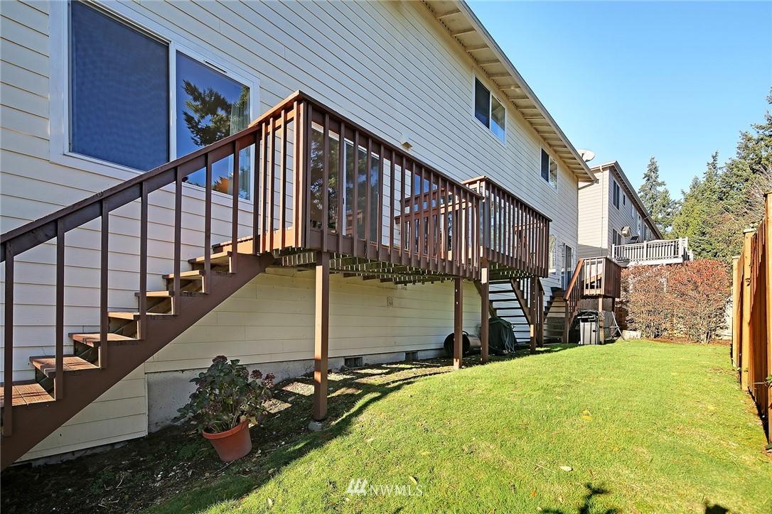 Sold Property | 21329 76th Avenue W #C11 Edmonds, WA 98026 17