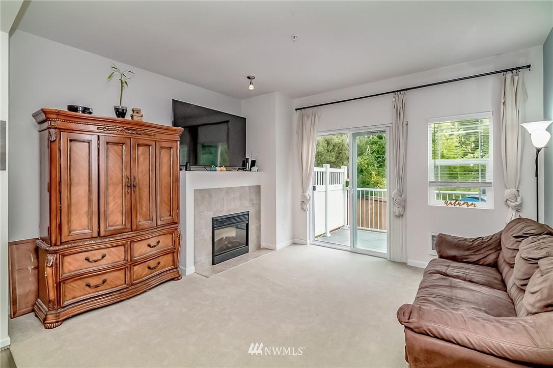 Sold Property   15720 Manor Way #F4 Lynnwood, WA 98087 1
