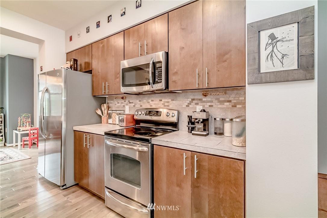 Sold Property   15720 Manor Way #F4 Lynnwood, WA 98087 3