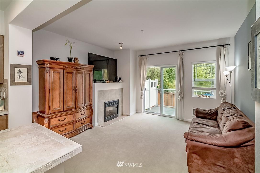 Sold Property   15720 Manor Way #F4 Lynnwood, WA 98087 6