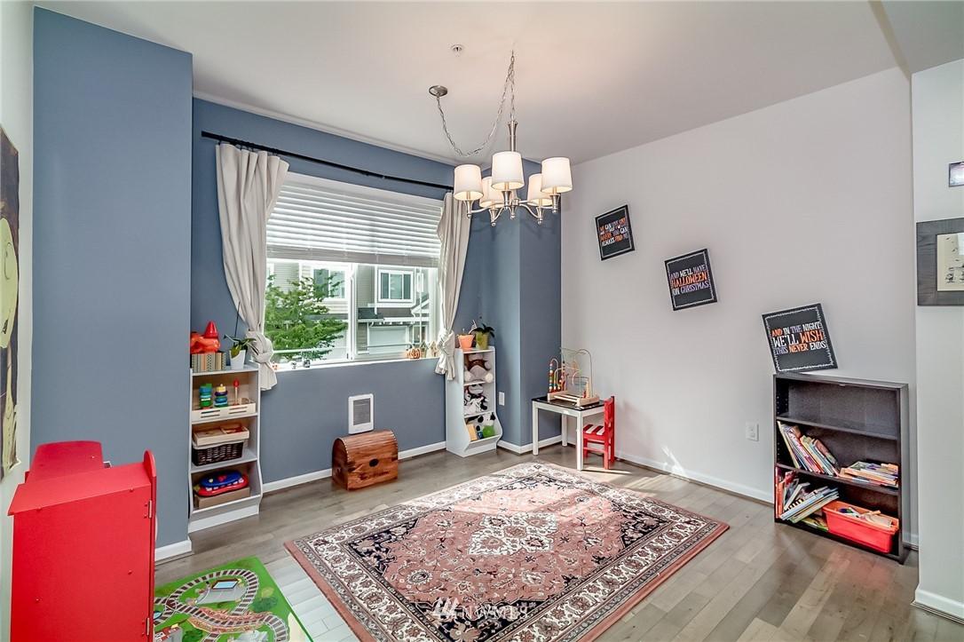 Sold Property   15720 Manor Way #F4 Lynnwood, WA 98087 7