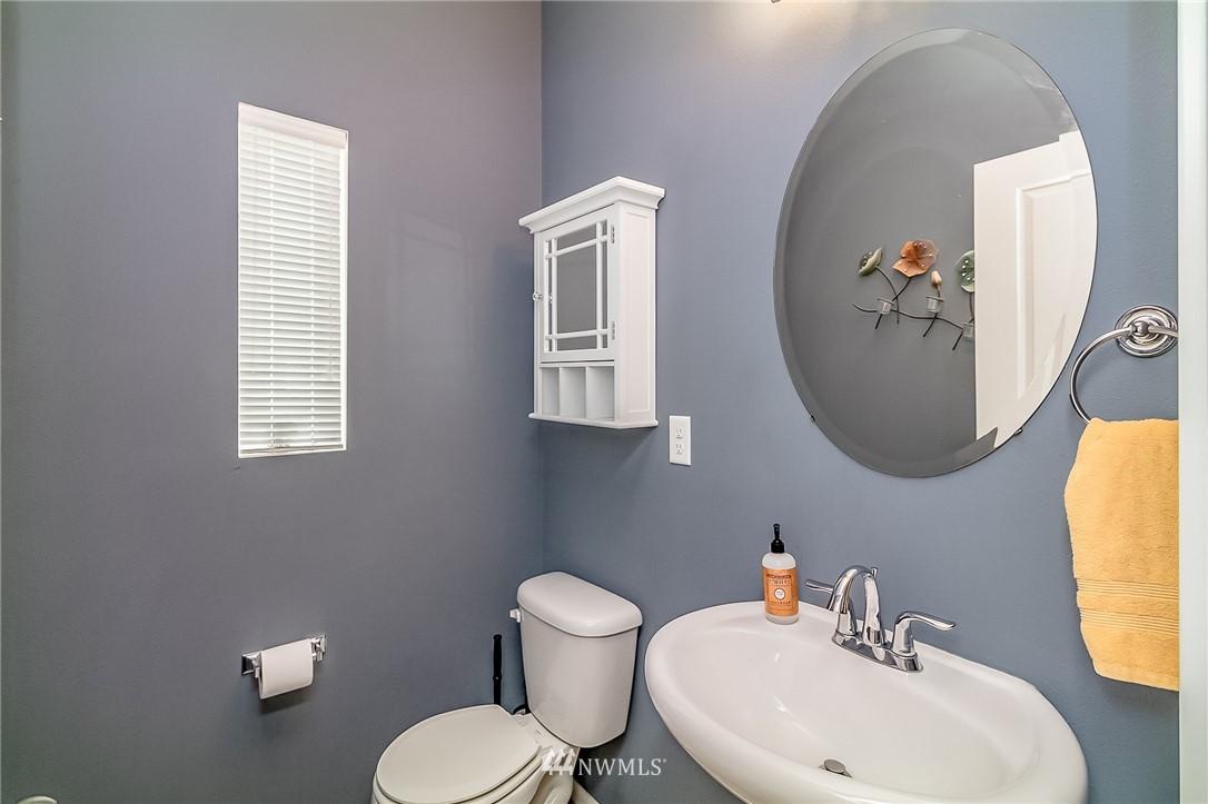 Sold Property   15720 Manor Way #F4 Lynnwood, WA 98087 9