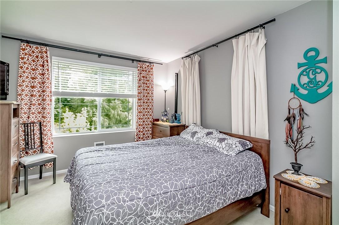 Sold Property   15720 Manor Way #F4 Lynnwood, WA 98087 10