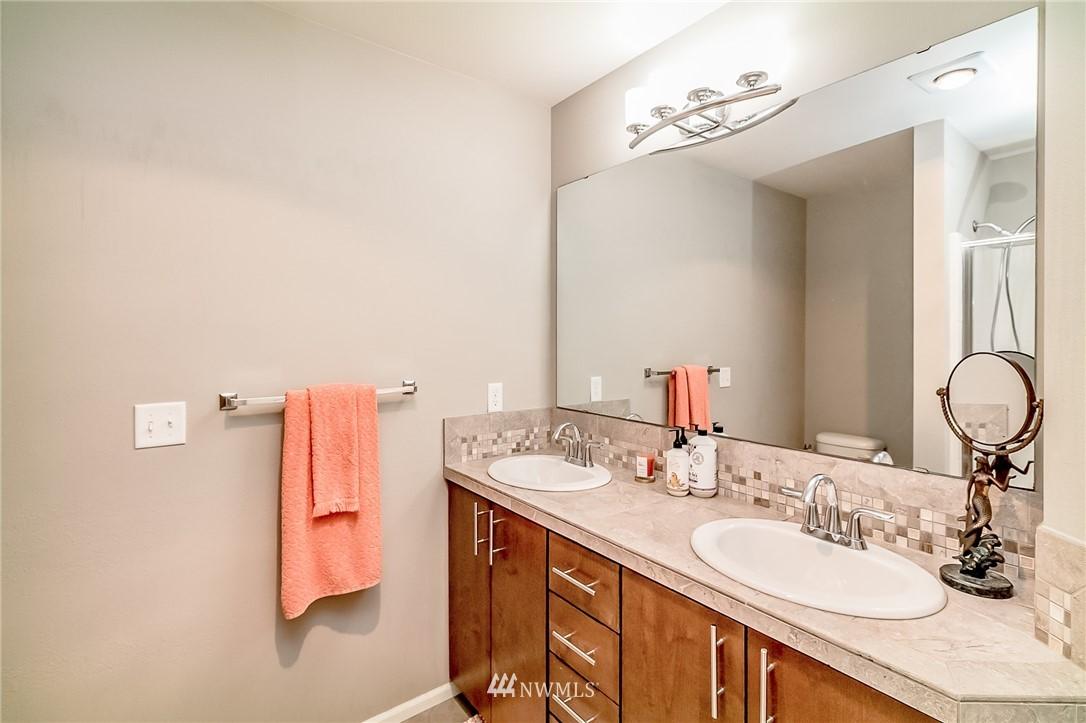Sold Property   15720 Manor Way #F4 Lynnwood, WA 98087 12
