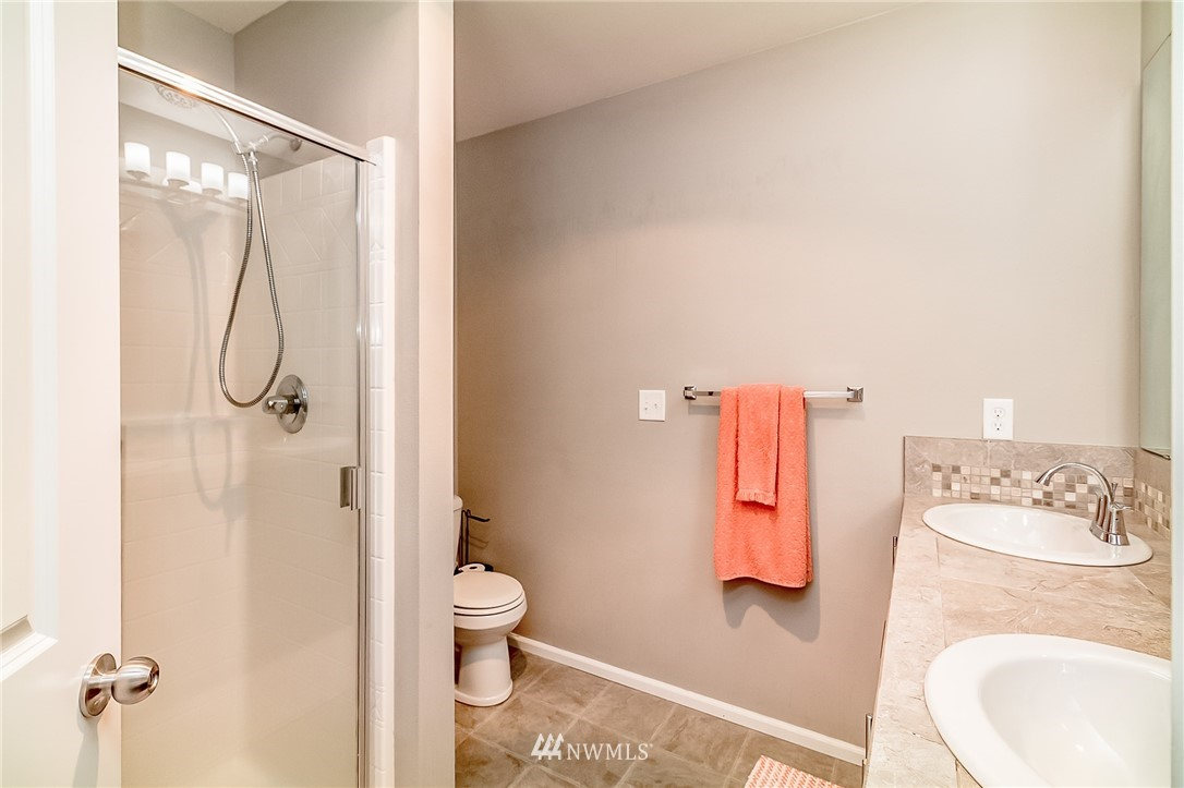 Sold Property   15720 Manor Way #F4 Lynnwood, WA 98087 13