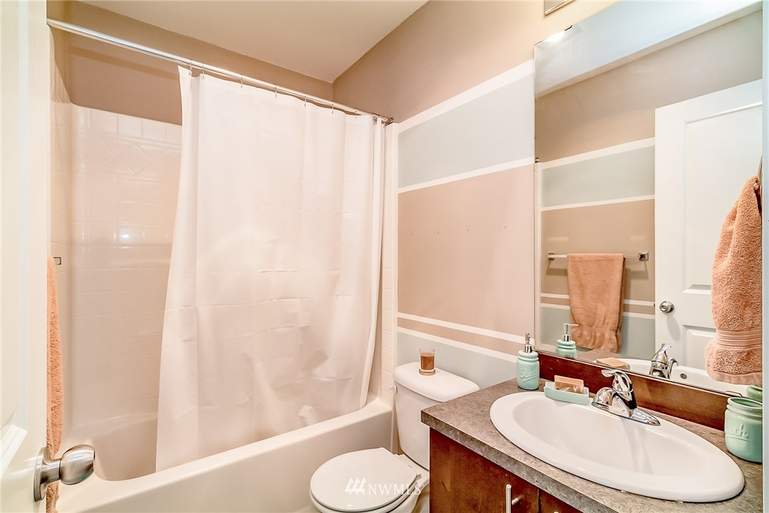 Sold Property   15720 Manor Way #F4 Lynnwood, WA 98087 15