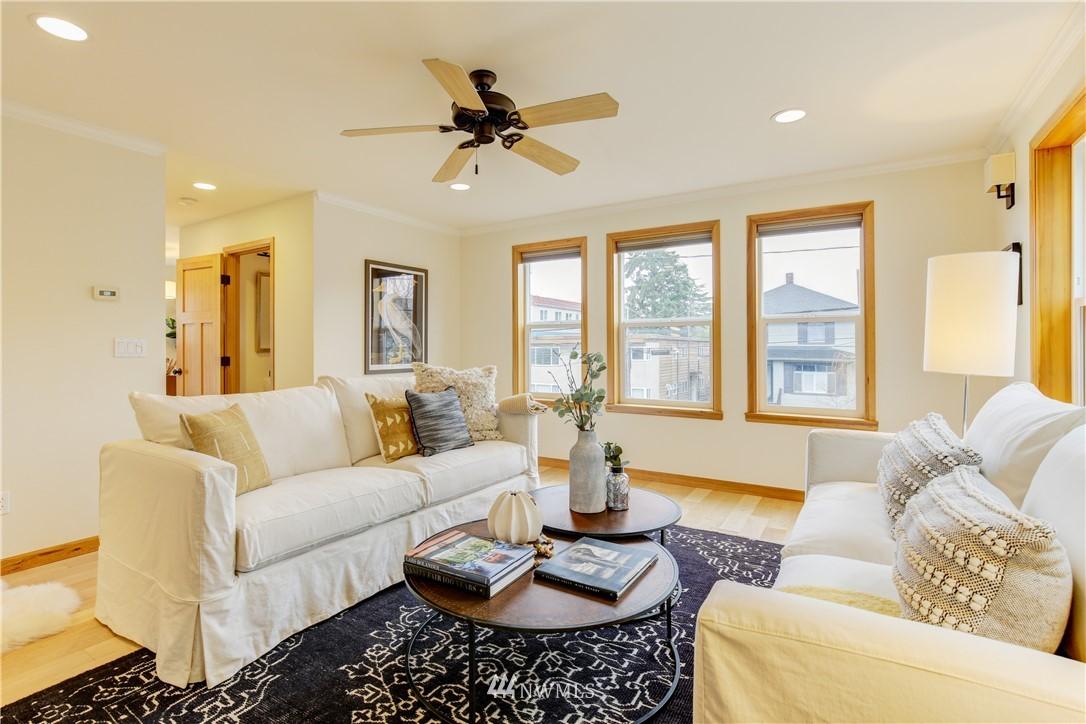 Sold Property | 810 N 49th Street Seattle, WA 98103 2