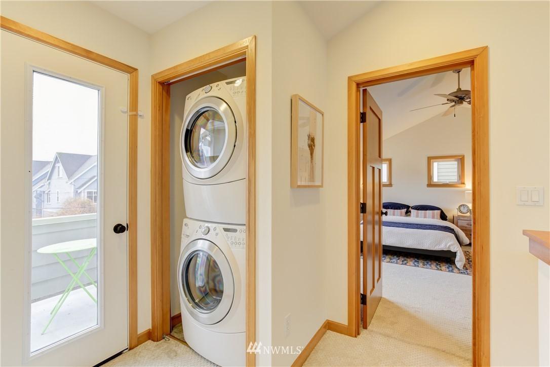Sold Property | 810 N 49th Street Seattle, WA 98103 12