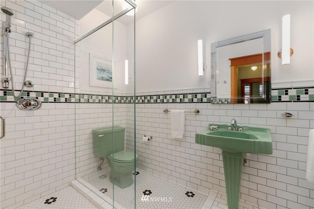 Sold Property   3244 64th Avenue SW Seattle, WA 98116 26