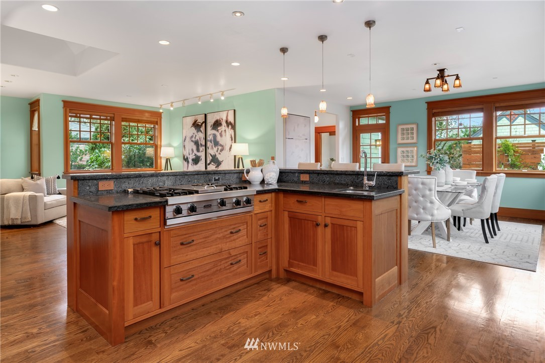 Sold Property   3244 64th Avenue SW Seattle, WA 98116 7