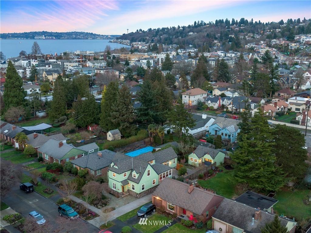 Sold Property   3244 64th Avenue SW Seattle, WA 98116 23