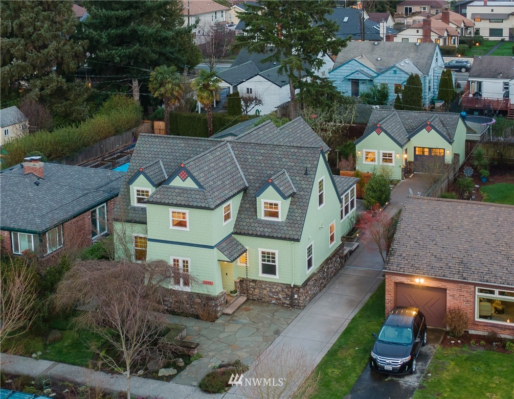 Sold Property   3244 64th Avenue SW Seattle, WA 98116 4