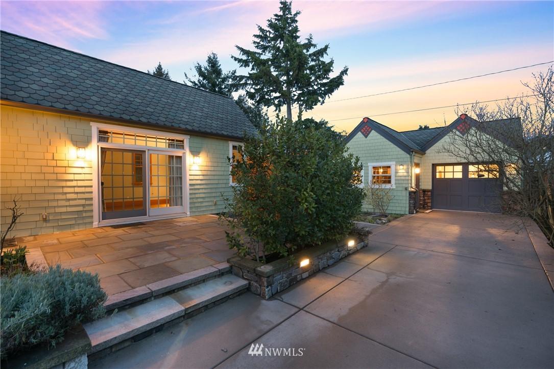 Sold Property   3244 64th Avenue SW Seattle, WA 98116 24