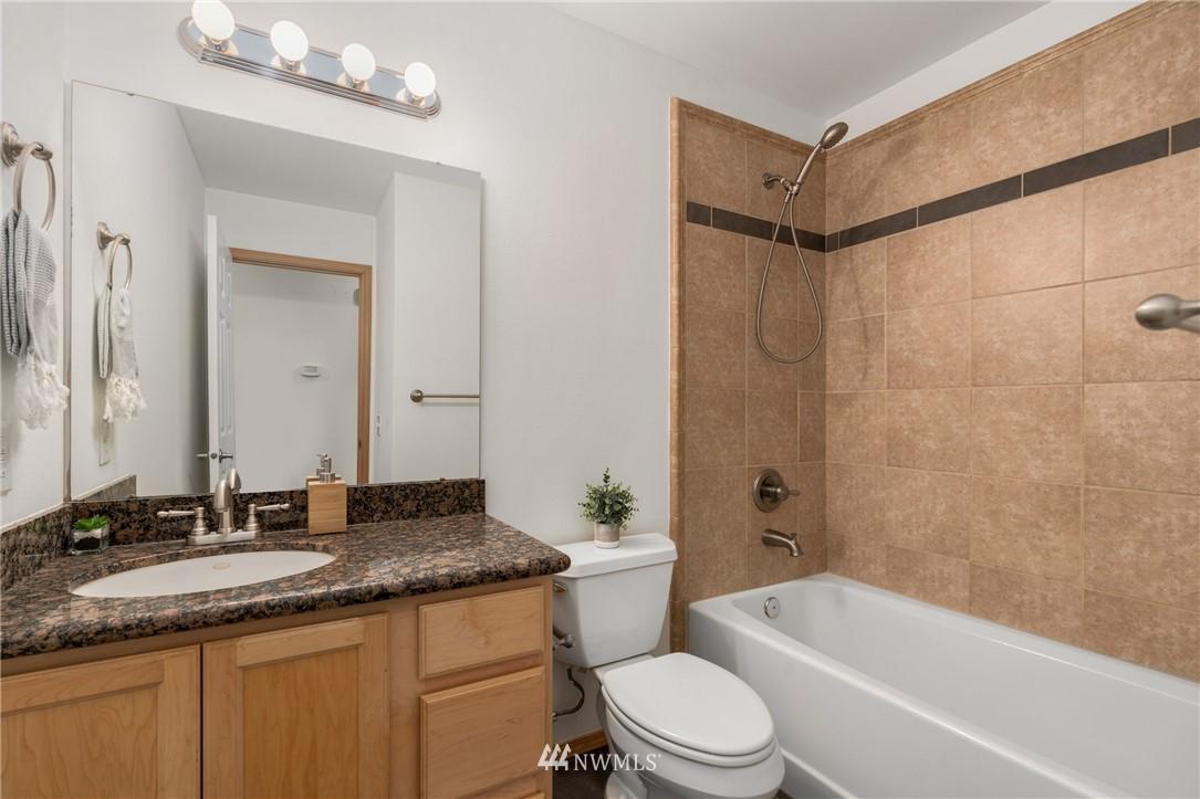 Sold Property | 5070 23rd Avenue SW Seattle, WA 98106 14