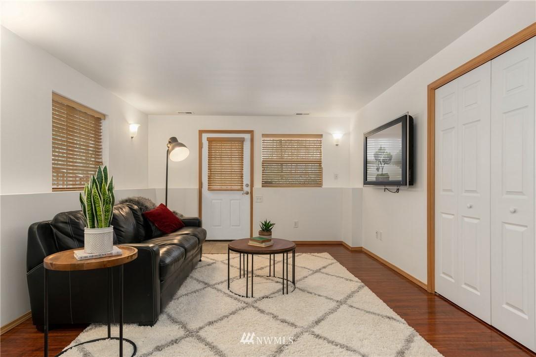 Sold Property | 5070 23rd Avenue SW Seattle, WA 98106 18