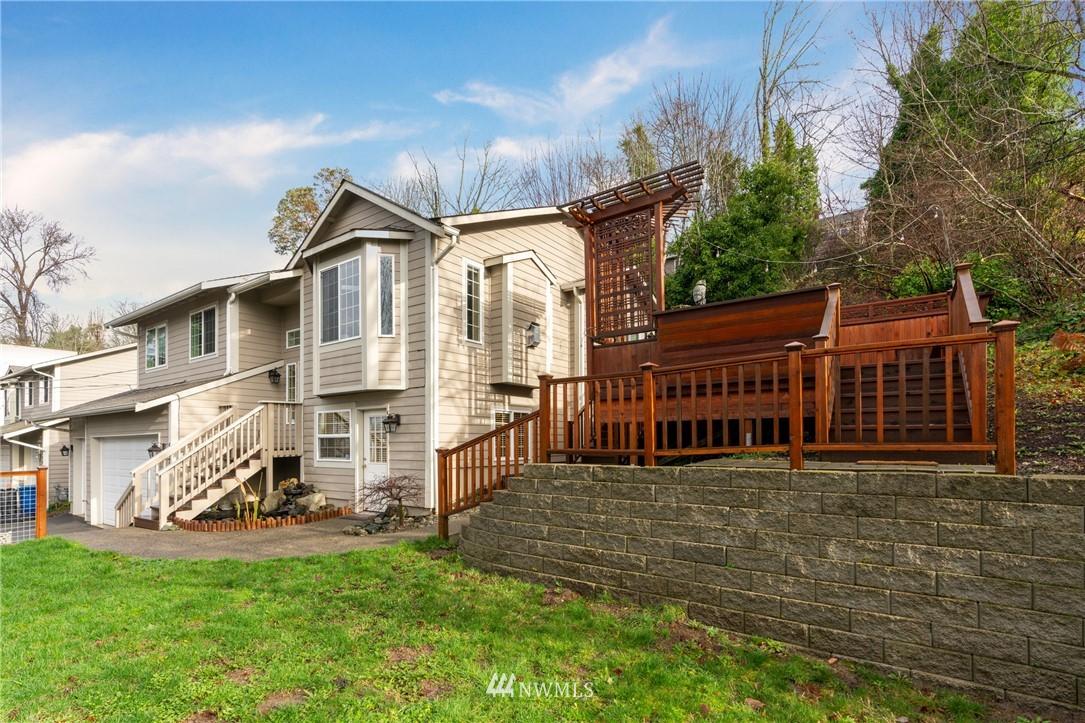 Sold Property | 5070 23rd Avenue SW Seattle, WA 98106 23