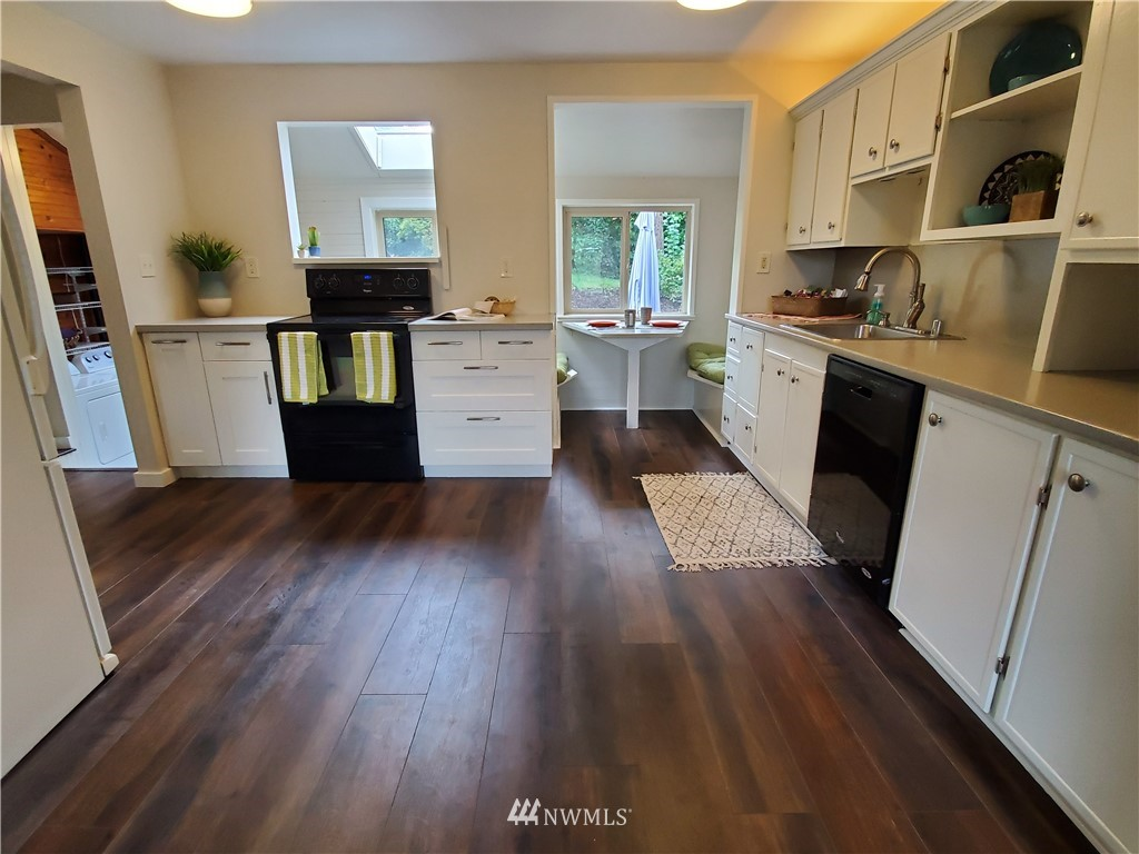 Sold Property | 13227 8th Place SW Burien, WA 98146 4