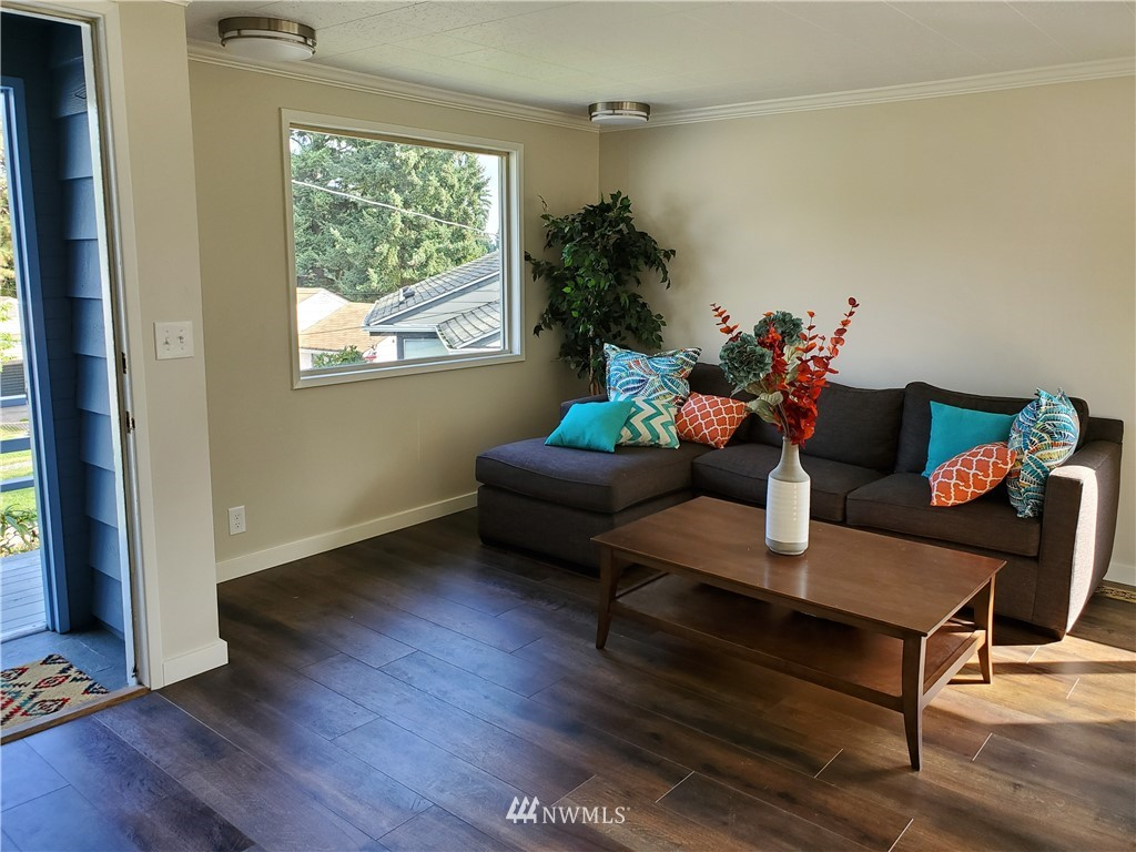 Sold Property | 13227 8th Place SW Burien, WA 98146 2